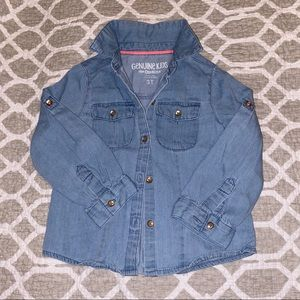Little girl's chambray shirt